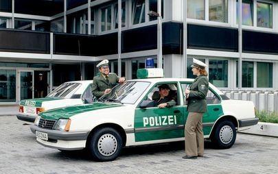 35 éve az Opel Ascona volt az első német autó, Európának fejlesztett katalizátorral